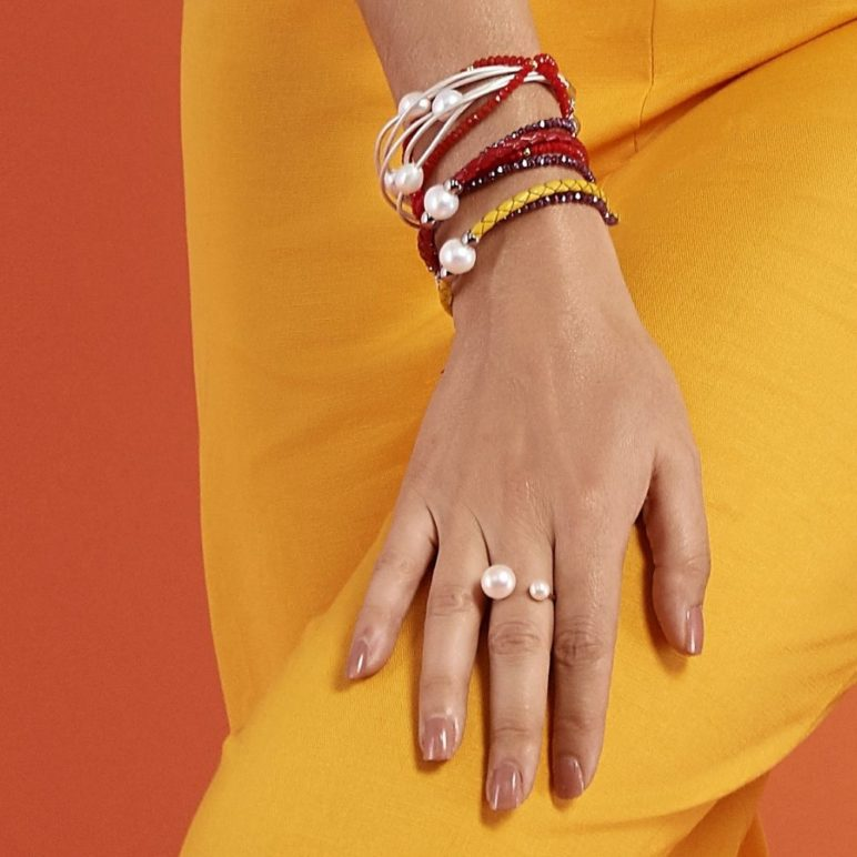Red Luna Pearl Bracelet/Necklace