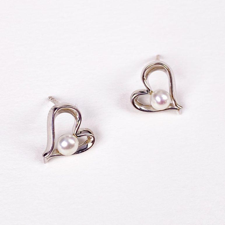 Esencia Pearl Earrings