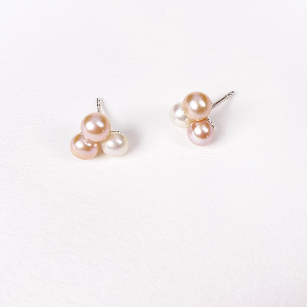 Esencia Triple Pearl Earrings