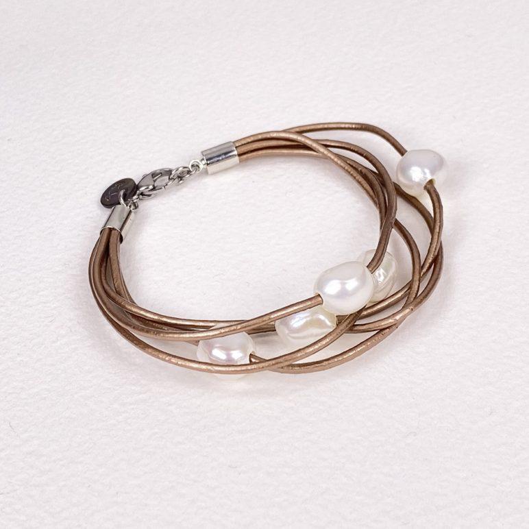 Gold Calima Multi-Pearl Bracelet