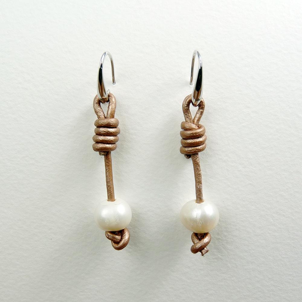 Gold Calima Pearl Earrings