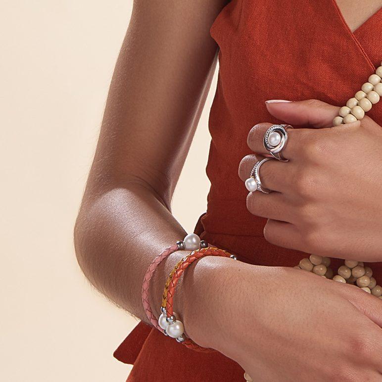 Coral Bahia Pearl Bracelet